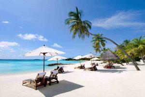 Bãi Dài được nhiều du khách lựa chọn để nghỉ dưỡng vào cuối tuần