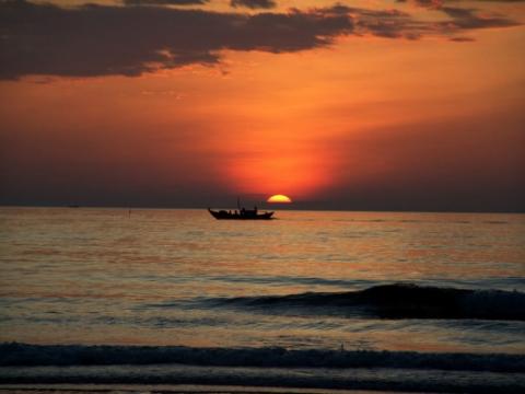 Bình minh tuyệt đẹp trên đảo Cù Lao
