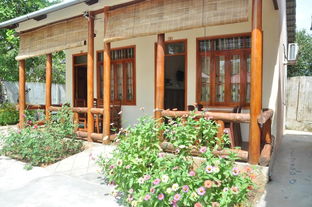 Bungalow bình dân được xây khá đơn giản với giá thành rẻ nhưng vẫn đảm bảo được tiện nghi