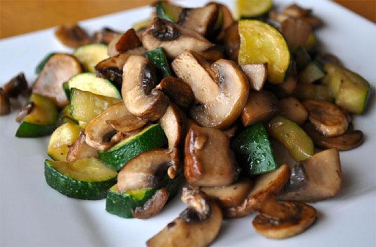 Nấm tràm Phú Quốc có thể chế biến thành nhiều món ăn ngon và hấp dẫn mà bạn nên thử