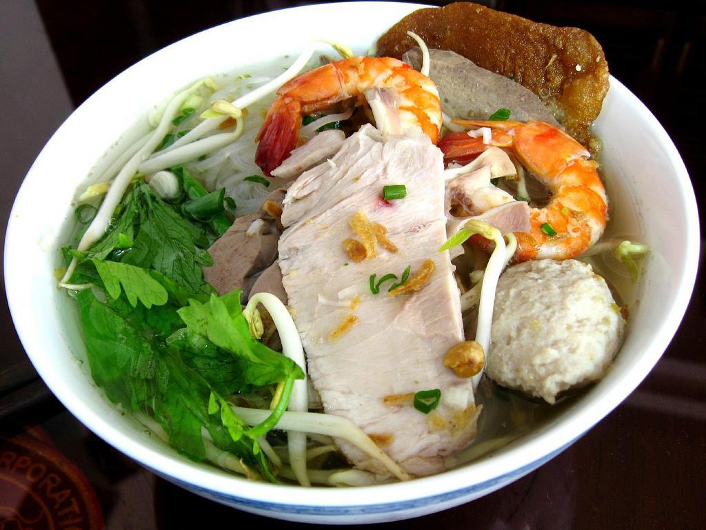 Hủ tiếu trên chợ nổi, trải nghiệm ẩm thực bạn nhất định phải thử khi đến Tiền Giang