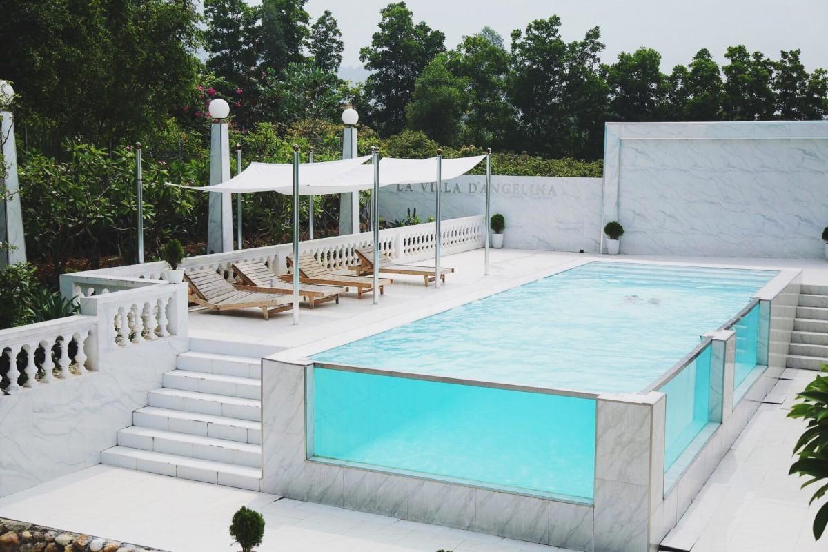 Bể bơi vô cực sang chảnh - Villa tại sóc Sơn, Hà Nội