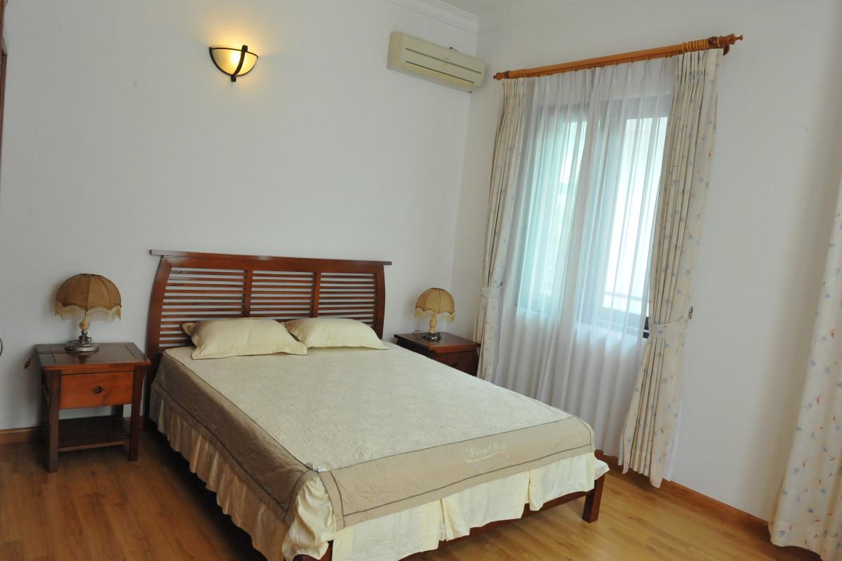 Luxury Villa - villa tại Tây Hồ, Hà Nội