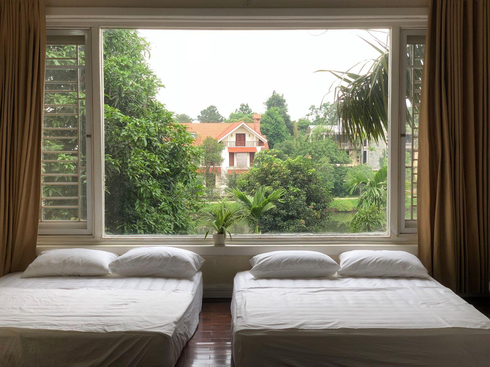 Không gian phòng ngủ thoáng mát - villa tại Thạch Thất, Hà Nội