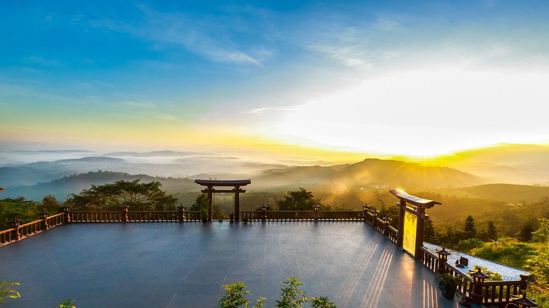 Chùa Linh Quy Pháp Ấn - điểm đến nổi bật trong du lịch Lâm Đồng