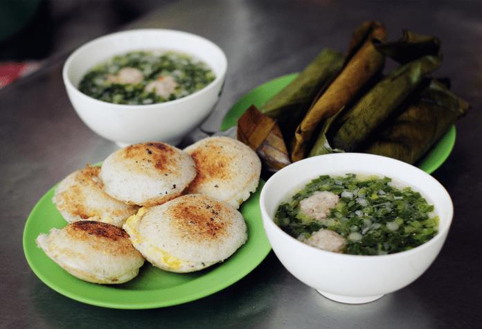 Bánh căn Đà Lạt - Đặc sản không thể bỏ qua khi du lịch Lâm Đồng